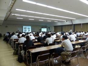 環境放射能除染学会HPより,当日の発表会場の様子